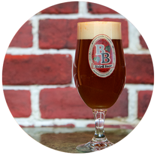https://bairdbeer.com/wp-content/uploads/2017/11/beer_seasonal_dtl38_blindmonkspicedamberale-320x322.png